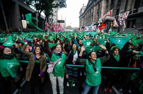 Argentina's Pro-Abortion Movement and Green Handkerchiefs