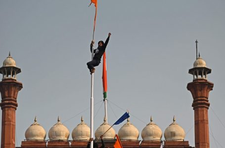 War of Words: Truth behind the flag hoisted at the Red Fort