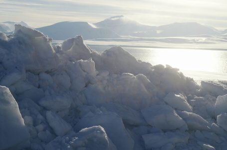 Report: Warming Arctic could spread viruses & nuclear waste